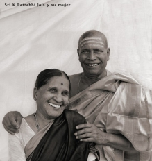 Guruji and Saraswathi Jois